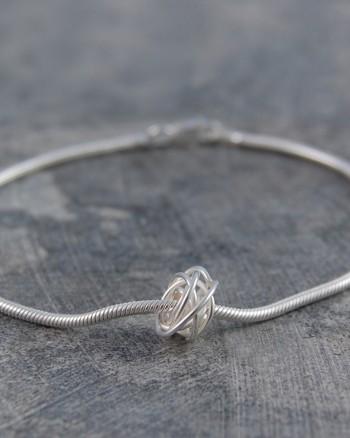 nest-designer-silver-bracelet