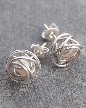 silver-pearl-cage-necklace-white