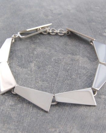 pentagon-geometric-silver-necklace (2)