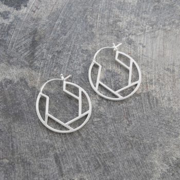 oval-geometric-silver-hoop-earrings-7