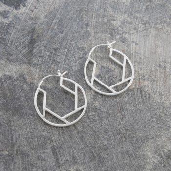 oval-geometric-silver-hoop-earrings-7